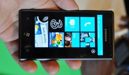 Обзор Samsung I8700 Omnia 7
