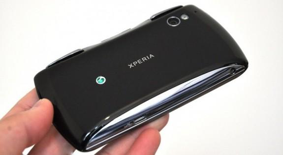 Шаги SE по востановлению позиций на рынке мобильных гаджетов