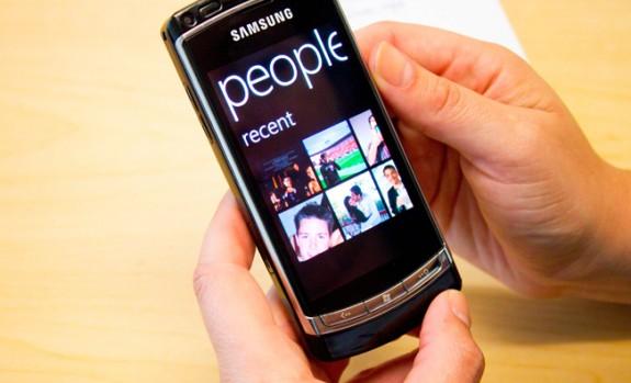 За первый увартал 2011 продано 1.6 миллиона девайсов с Windows Phone 7