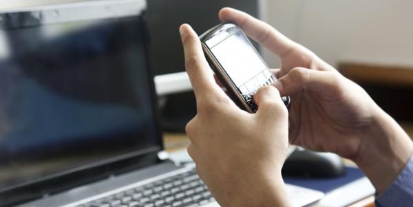 texting-blackberry
