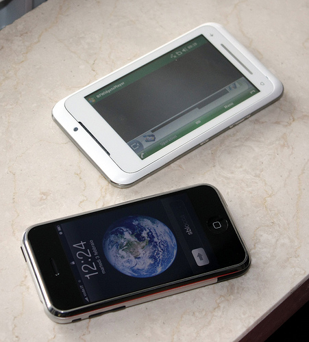 Toshiba TG01 iPhone