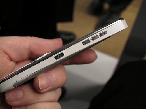 Nokia e55 толщина
